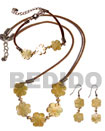 Natural set of wax cord jewelry in MOP flower